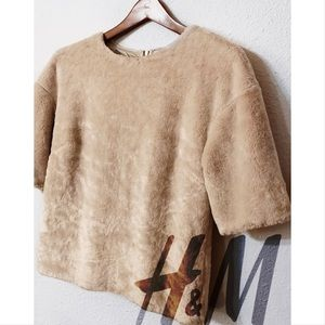 H&M fuzzy cropped pullover